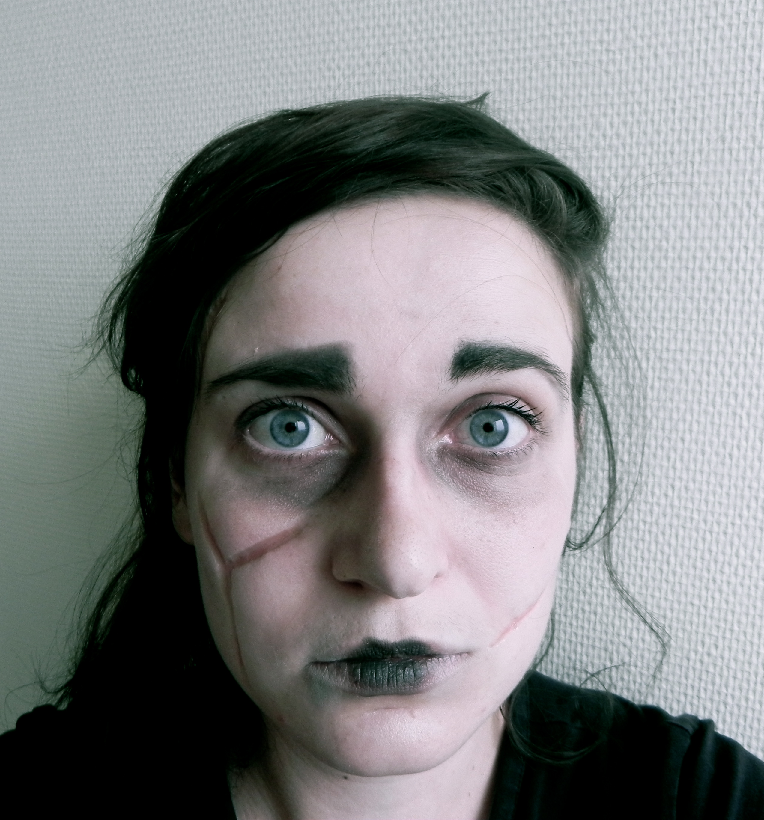 Maquillage halloween avec du collodion tutoriel vid o d butante en couture - Maquillage halloween cicatrice ...
