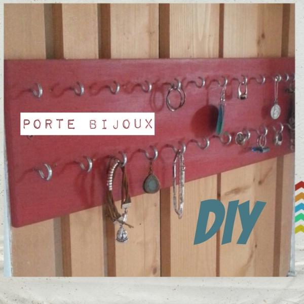 R. Porte bijoux DIY bagues bracelets